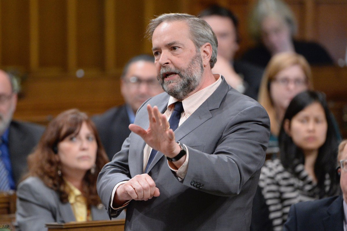 https://www.thestar.com/news/canada/2017/06/23/mulcair-raises-concerns-about-canadian-sniper-story.html